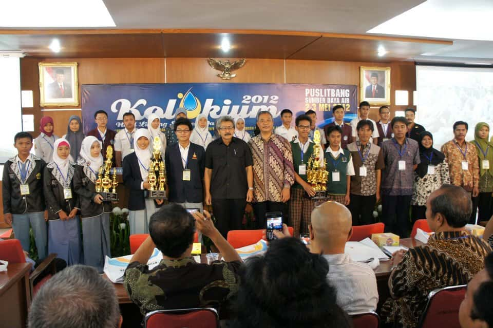 Winning teams of the competition (May 2012)